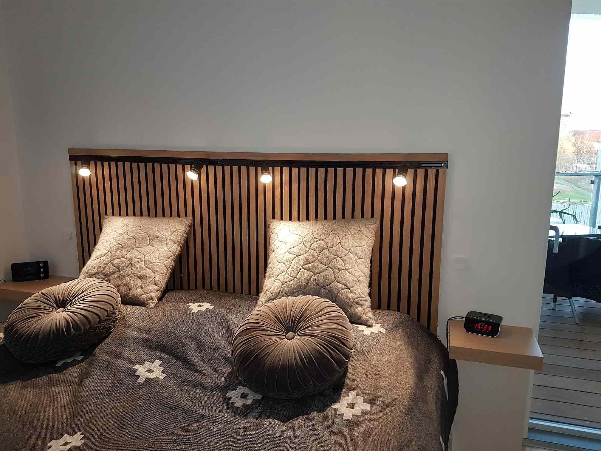 Ribbvägg sänggavel